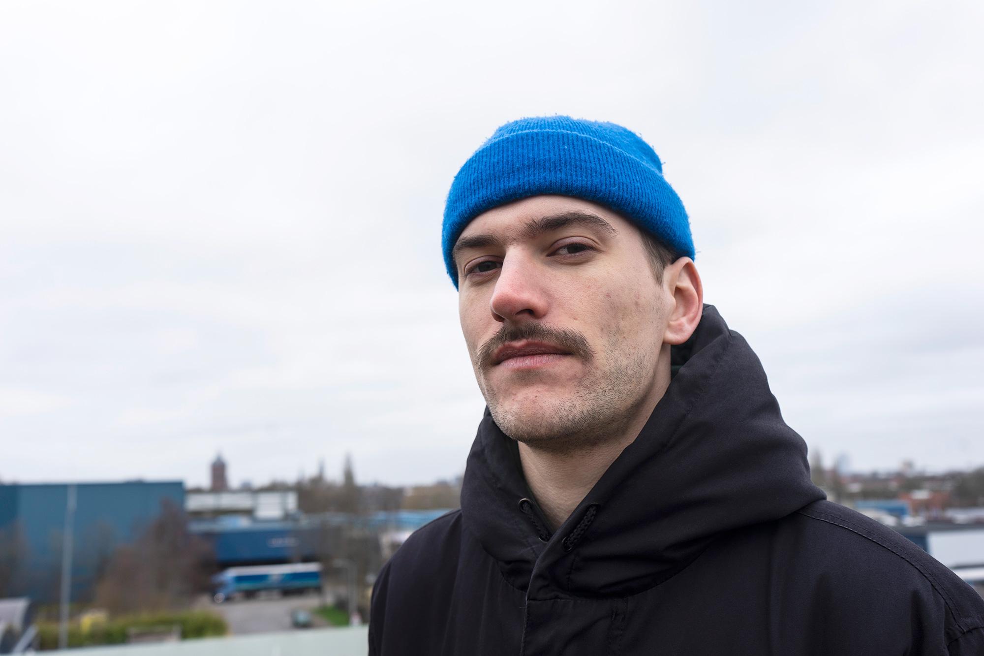 Zelfdoener Posij - DJ. Radioproducer. Productieassistent.