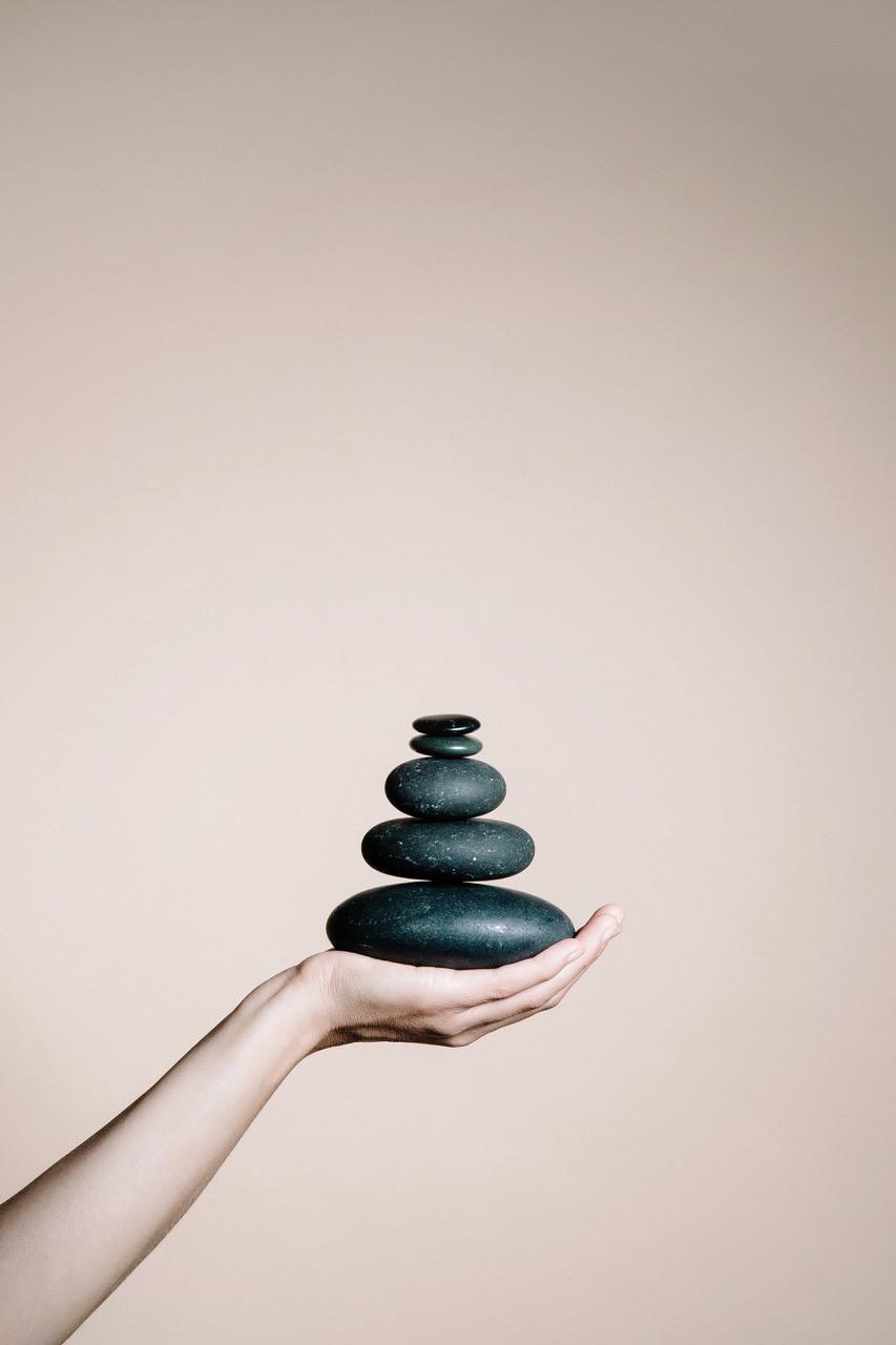 VITALIS Dr. Joseph - Deep Relax Stone Massage.jpeg