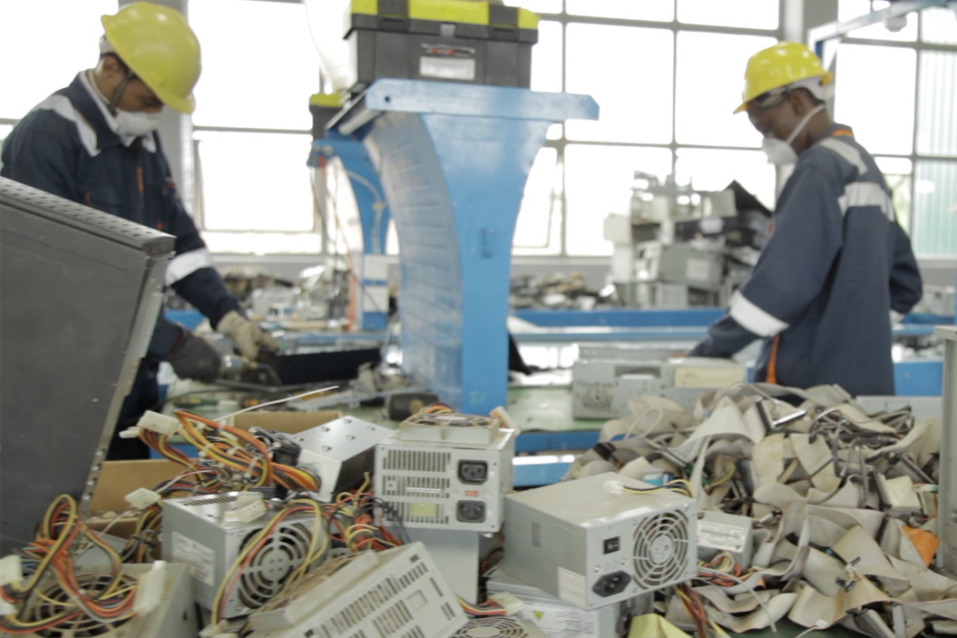 PACE-Projects-Circular-Electronics-in-Nigeria-1000px-v2.jpg
