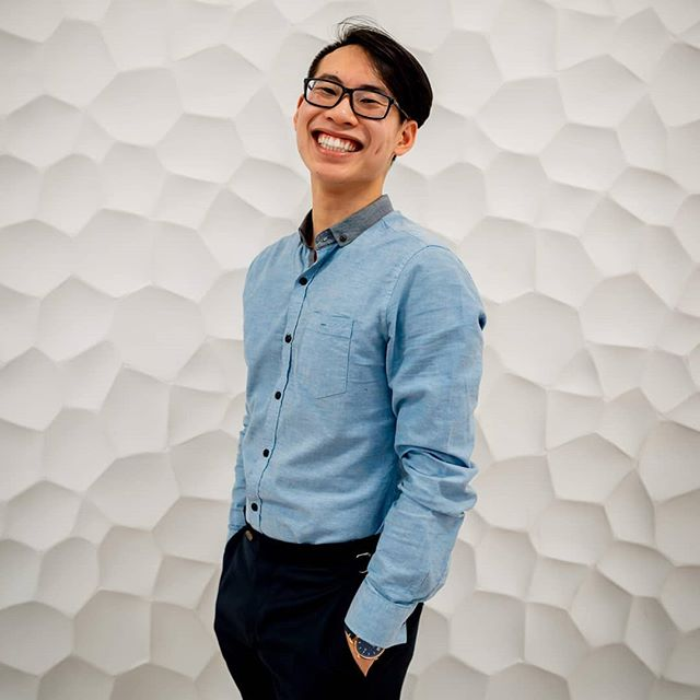 Good morning everyone! My name is Tomson Tran and I'm running to be YOUR VP Student Life! Today you'll get a little glimpse of what I do around campus!  Fun facts! Hometown is Guelph.🚜 I would love to vacation in Vancouver to see my family 💙 I am currently binge watching Gotham!🦇 #chooseyourfeds #voteteamignite #teamignite #igniteyourfuture #fedselection2019 #uwaterloo #waterloo #uwaterloostudentlife 🔥🔥🔥