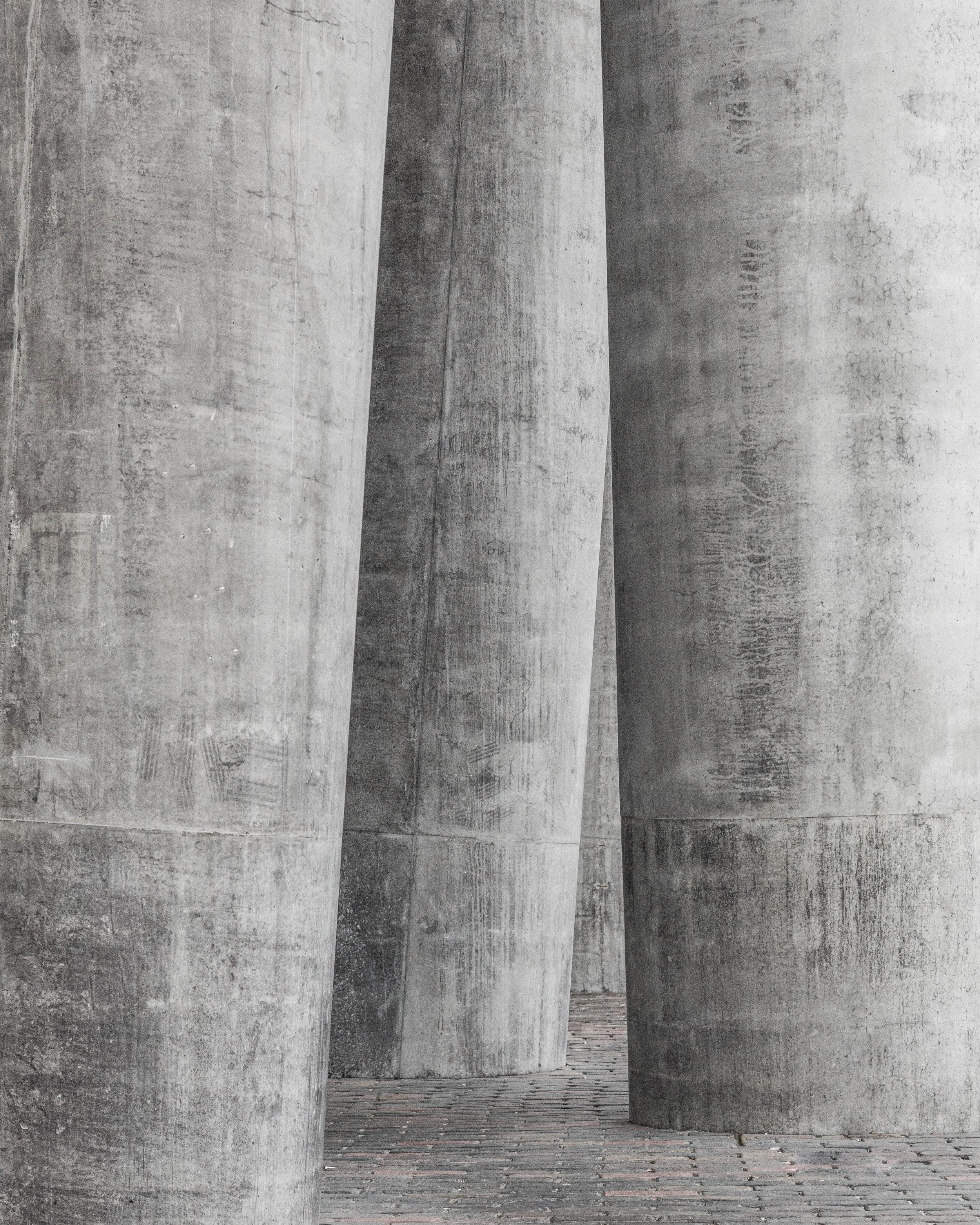 Loeven_Brock_Distillery_Contemporary_Detail.jpg