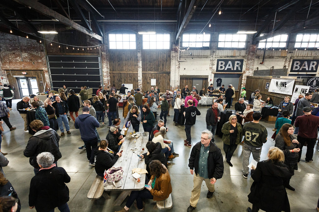 4_maine_brewers_guild_winter_session_2108_knack_factory_maine_photographer_whitney_j_fox_0154.jpg
