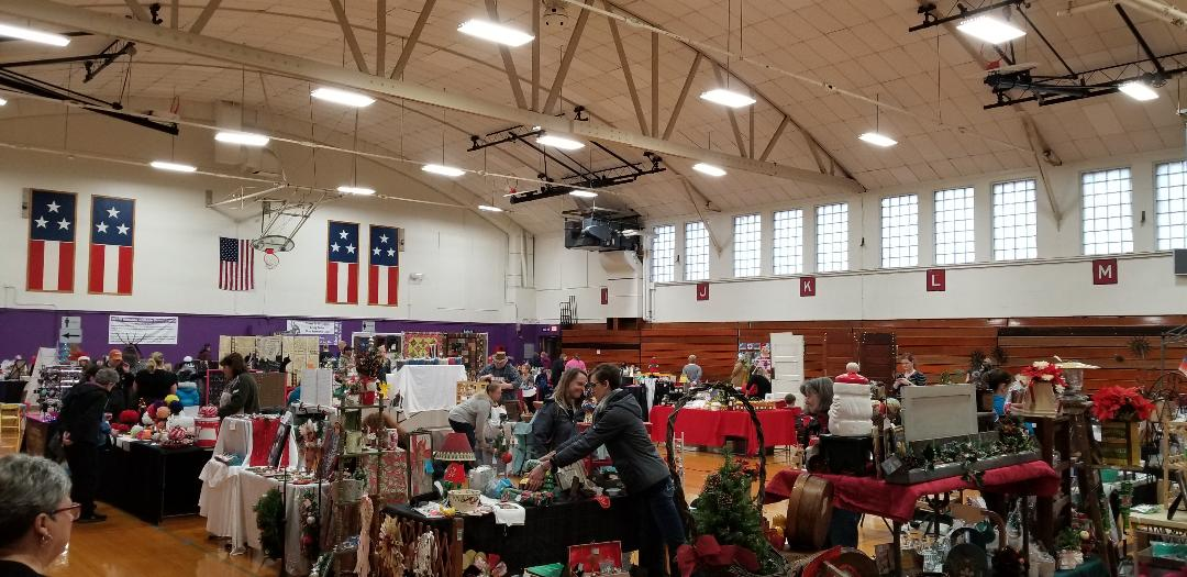 2018 Victorian Holiday craft fair.jpg