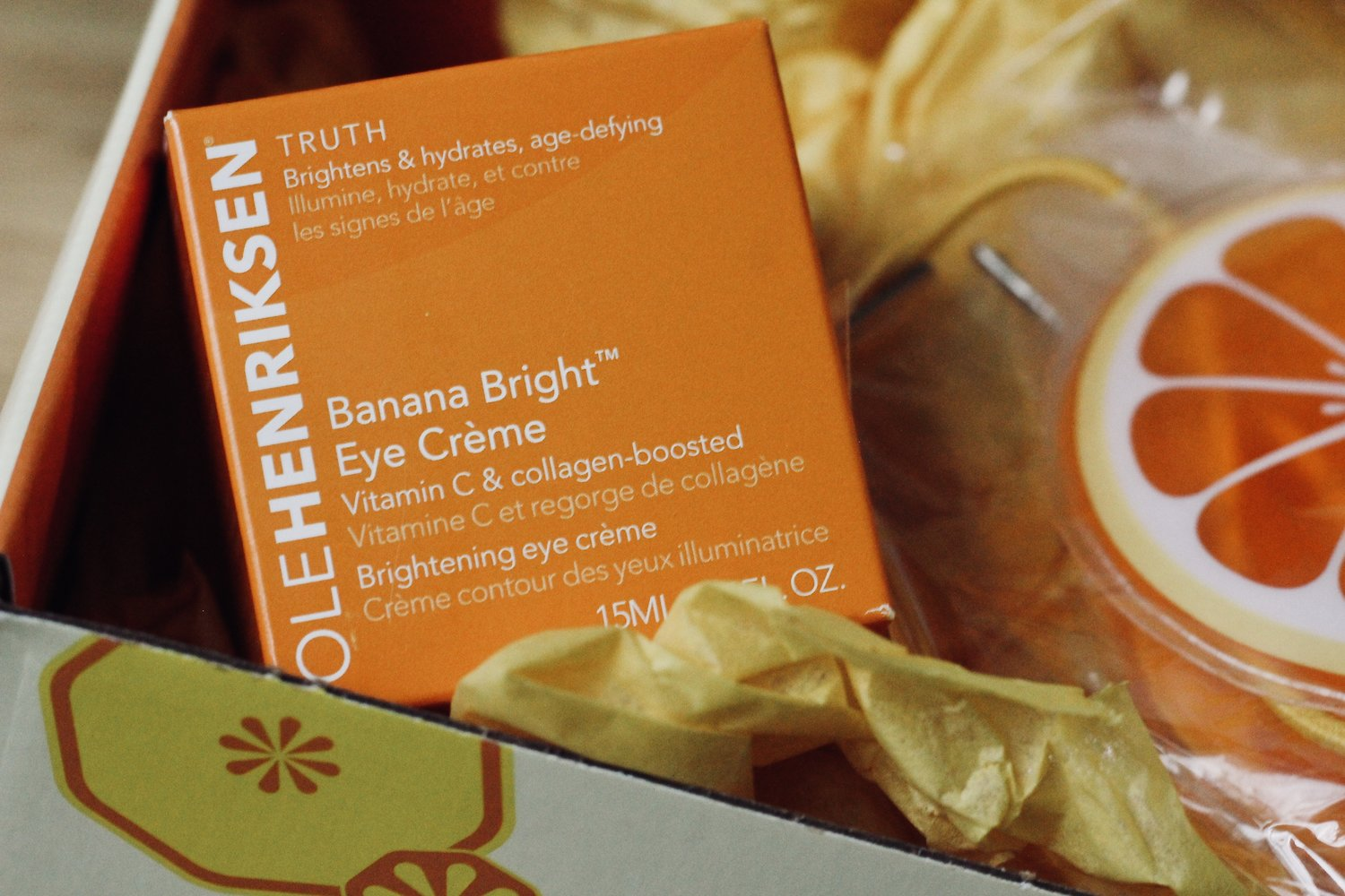 Brighter Eyes with Ole Henriksen | Thanks to Influenster, I received a new product to brighten my eyes and my day. With banana powder, collagen and a dose of Vitamin C, this product is sure to revitalize your skin. Read more on the blog.