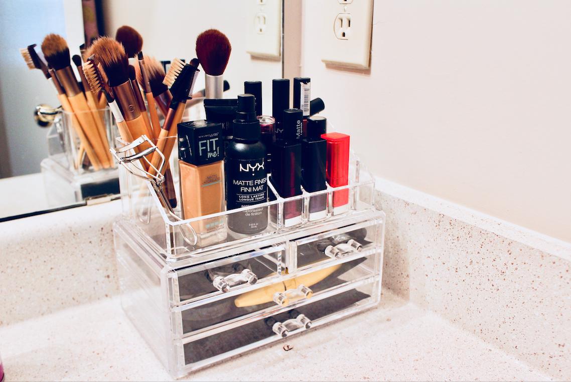 makeup-storage.png
