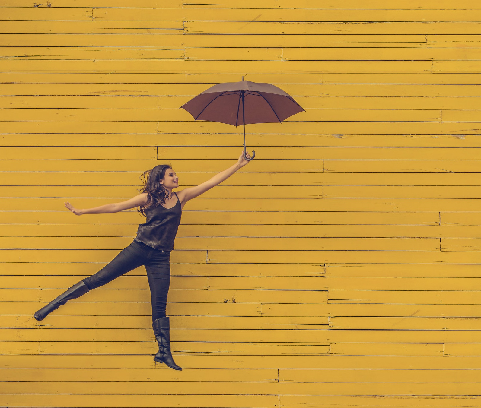 woman+umbrella