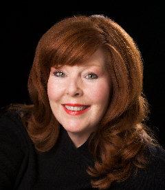 Helen photo face.jpg