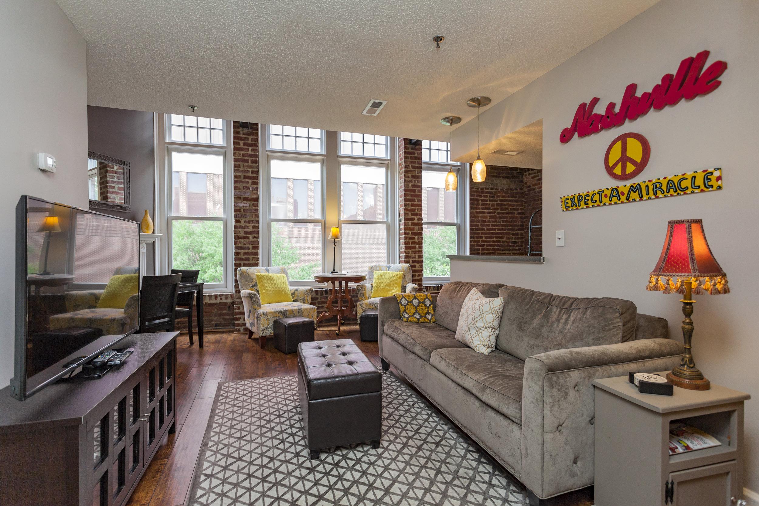 Rent apartment in Nashville