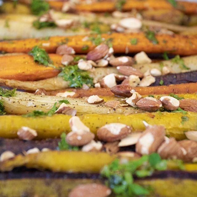 Cascading 🥕Colorful 🥕 Carrots 🌈 🌈 🌈 🌈 🌈 🌈 🌈 🌈 🌈 . . . #carrots #vegetarianrecipes #color