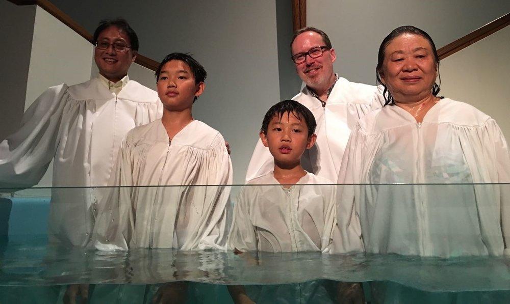 Chinese+LIFE+Group+Baptism.jpg