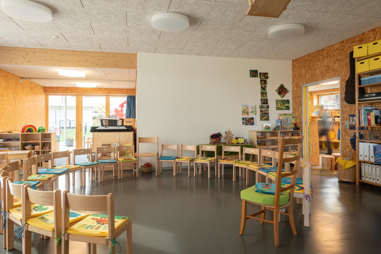 Kindergarten_B007_0015_small.jpg