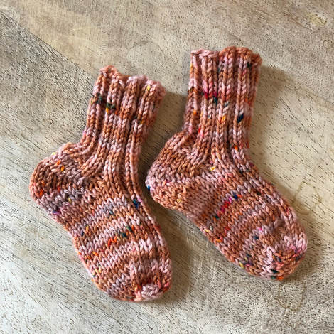 How to Knit Baby Socks - Gravel, December 2018
