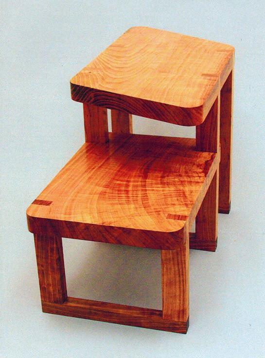 2-level table, cherry.