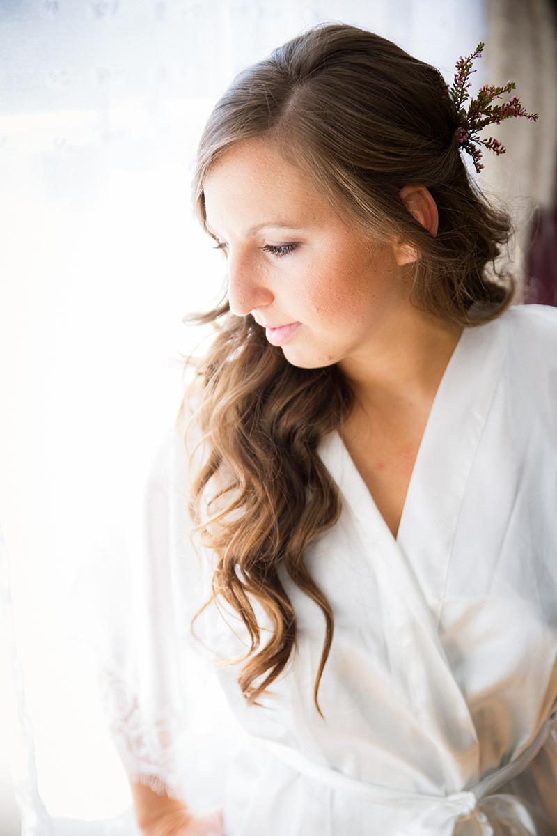 - Bridal trials should be scheduled at least one month prior to your wedding date. Please have inspiration photos, and headpieces and/or veils available if possible.