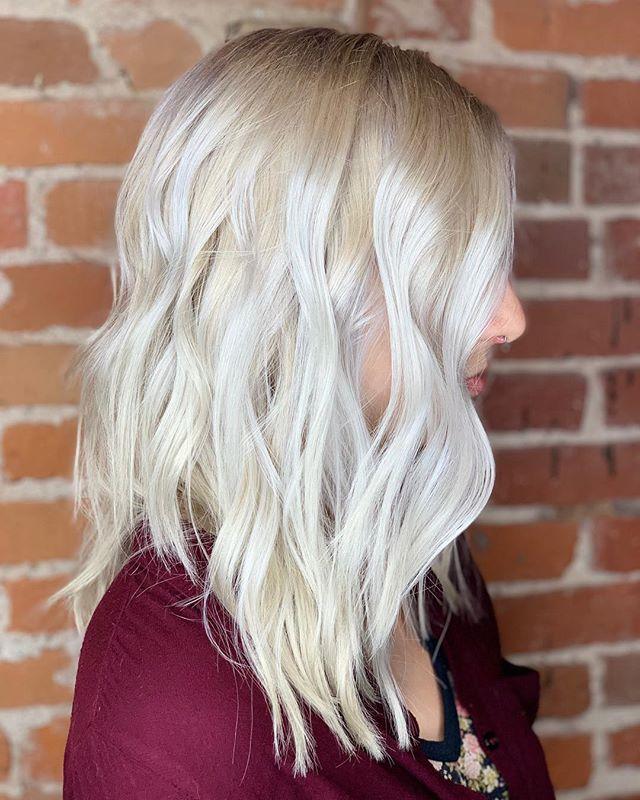 It's almost 9pm! 🐉 Daenerys Stormborn hair by Jamie 🐉 @missjamiedanielle #got #gameofthrones