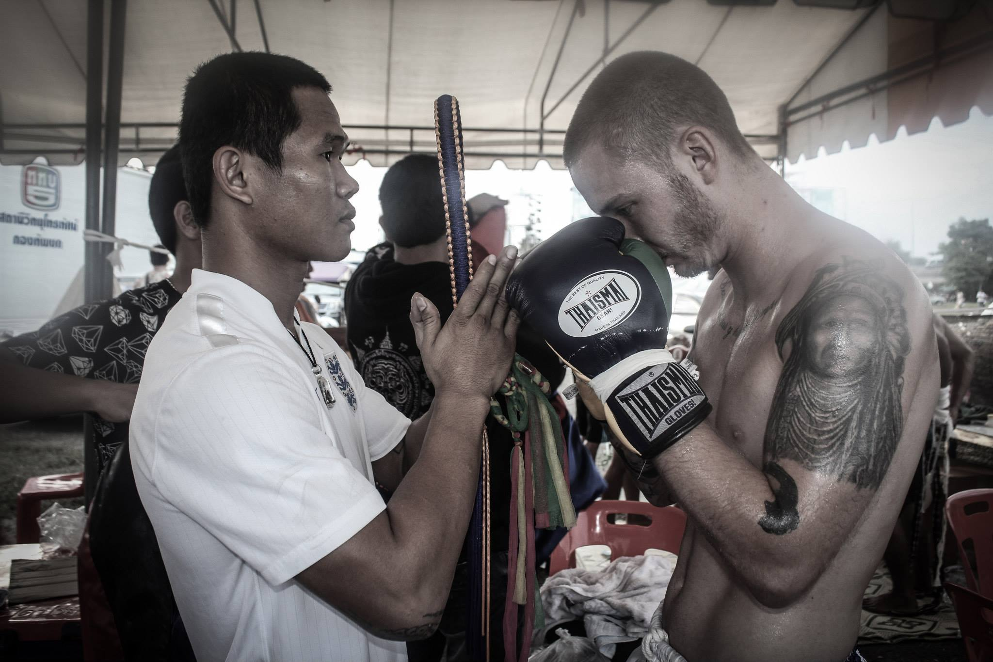 Joe prior to a fight in Thailand while training at Sitmonchai Gym.
