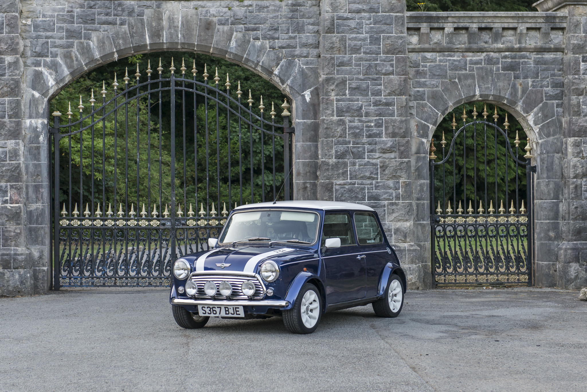 1998 ROVER MINI COOPER  |  OWNER - JUSTIN ZALOT  |  LOCATION - VAYNOL ESTATE