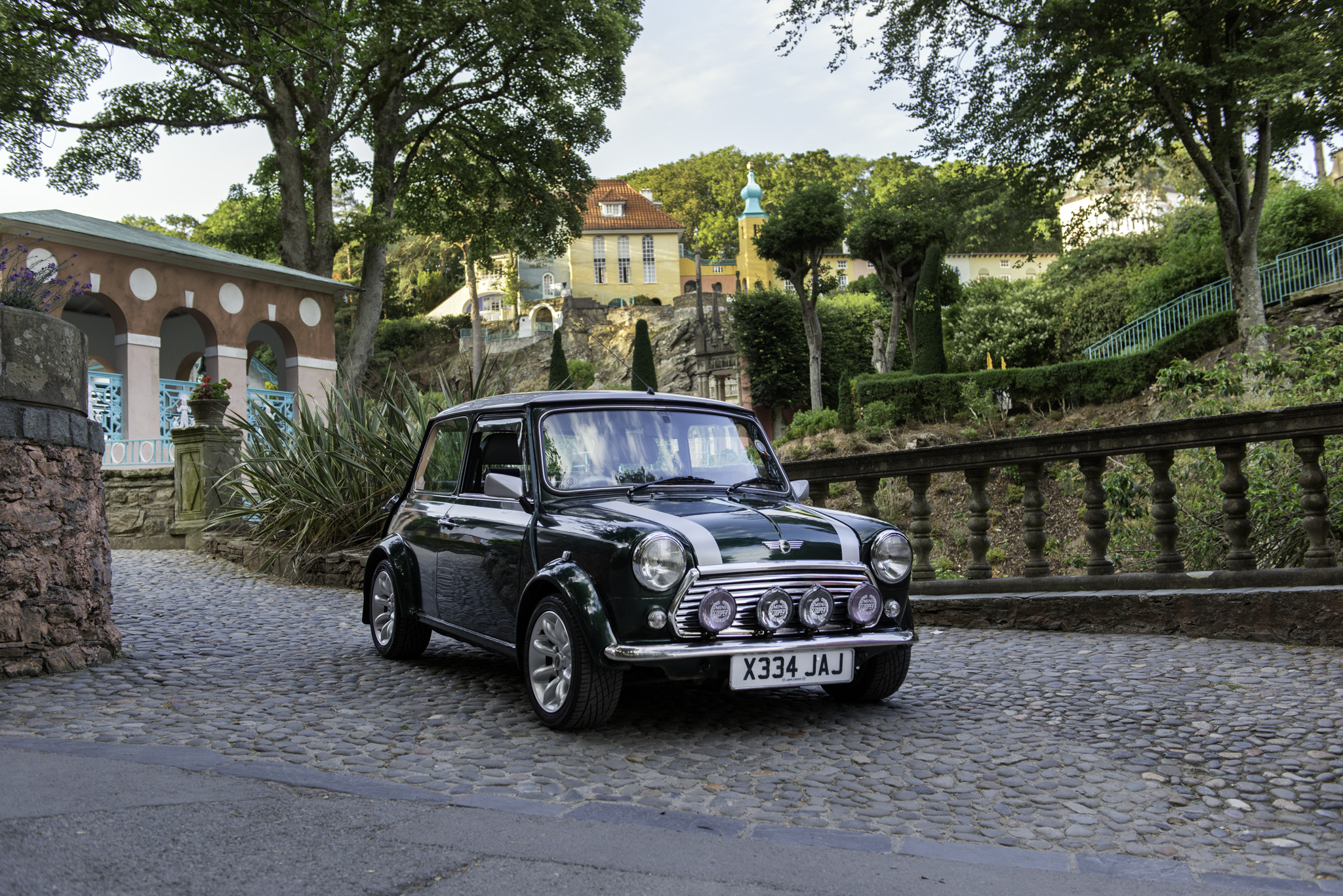 2000 ROVER MINI COOPER SPORT  |  OWNER - GER ROBERTS  |  LOCATION - PORTMEIRION