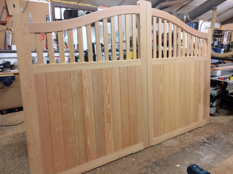 Half boarded driveway gates