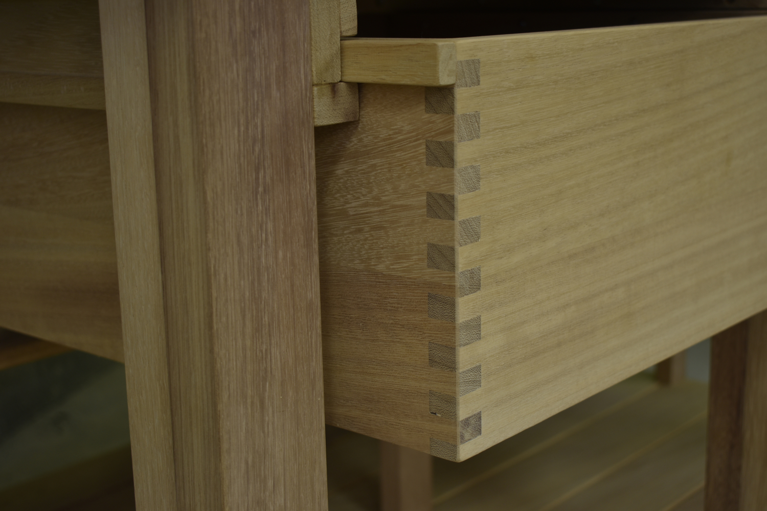 Finger jointed drawer boxes