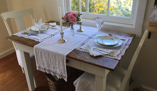 farmhouse_table_setting.jpg