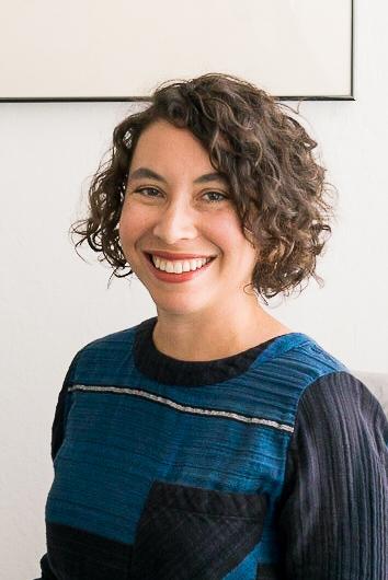 Angela-Shaiman-Oakland-therapist.jpg
