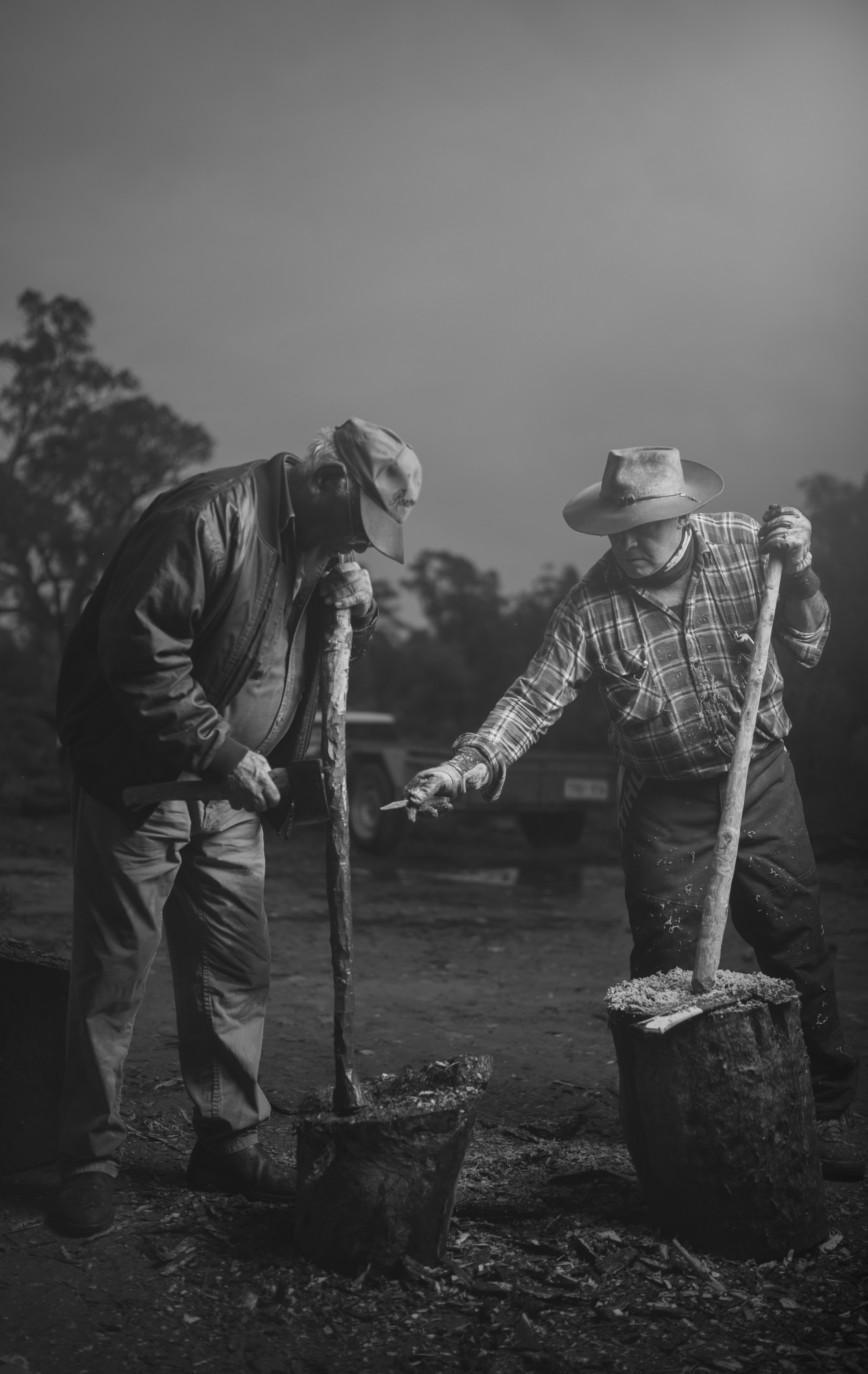 DGL_6754 Uncle Roy Coulthard and Lawrie Thomas at Mambray Creek.jpg