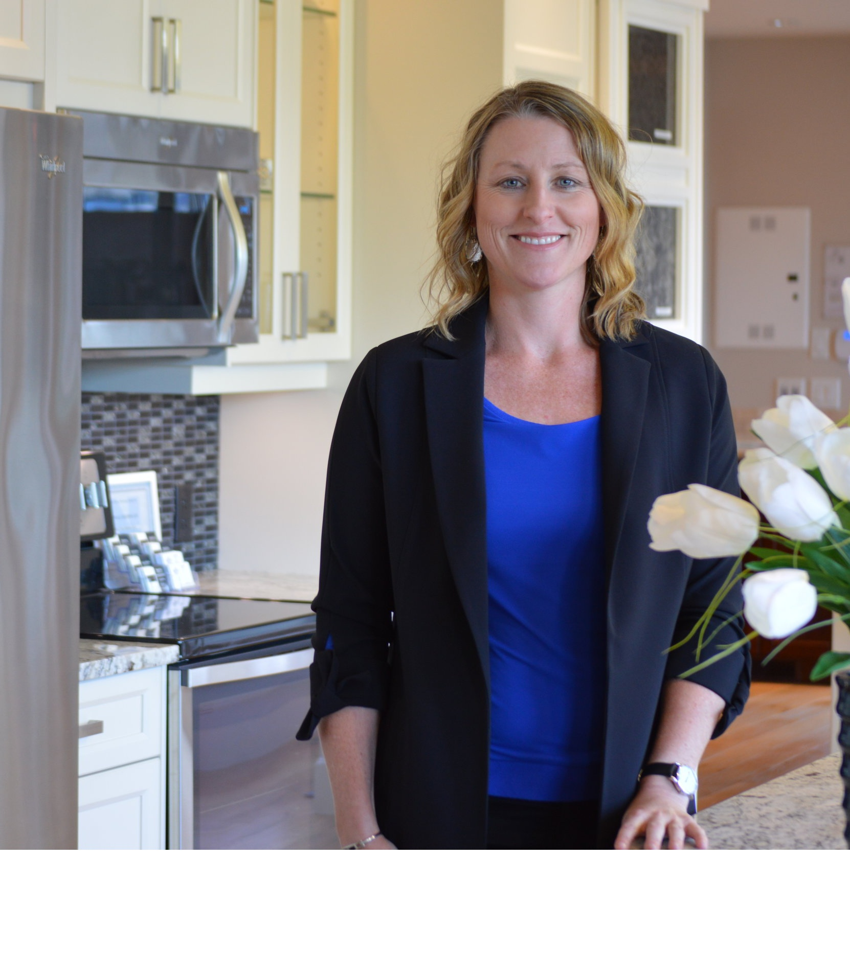 About Shannon - No matter what stage of life you find yourself, I understand the importance of feeling connected to the place you call home. I look forward to working with you, and your families. Being an Oceanside resident for 15 years, I am familiar & involved with the community and can find your perfect home!