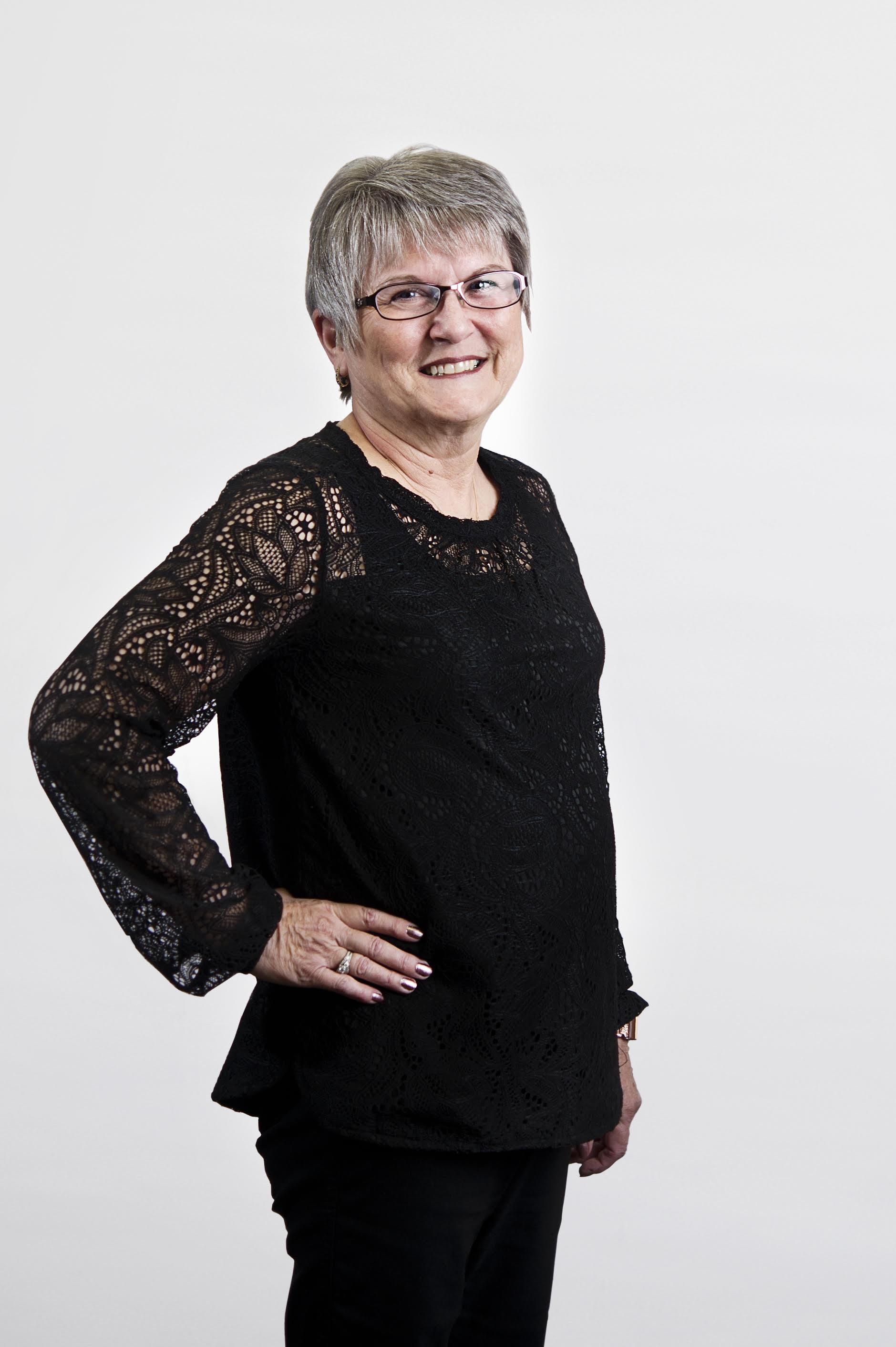 Darlene Kimoto | Accounting Clerk  (403) 317-4555 extension 2  rc_acct2@telus.net