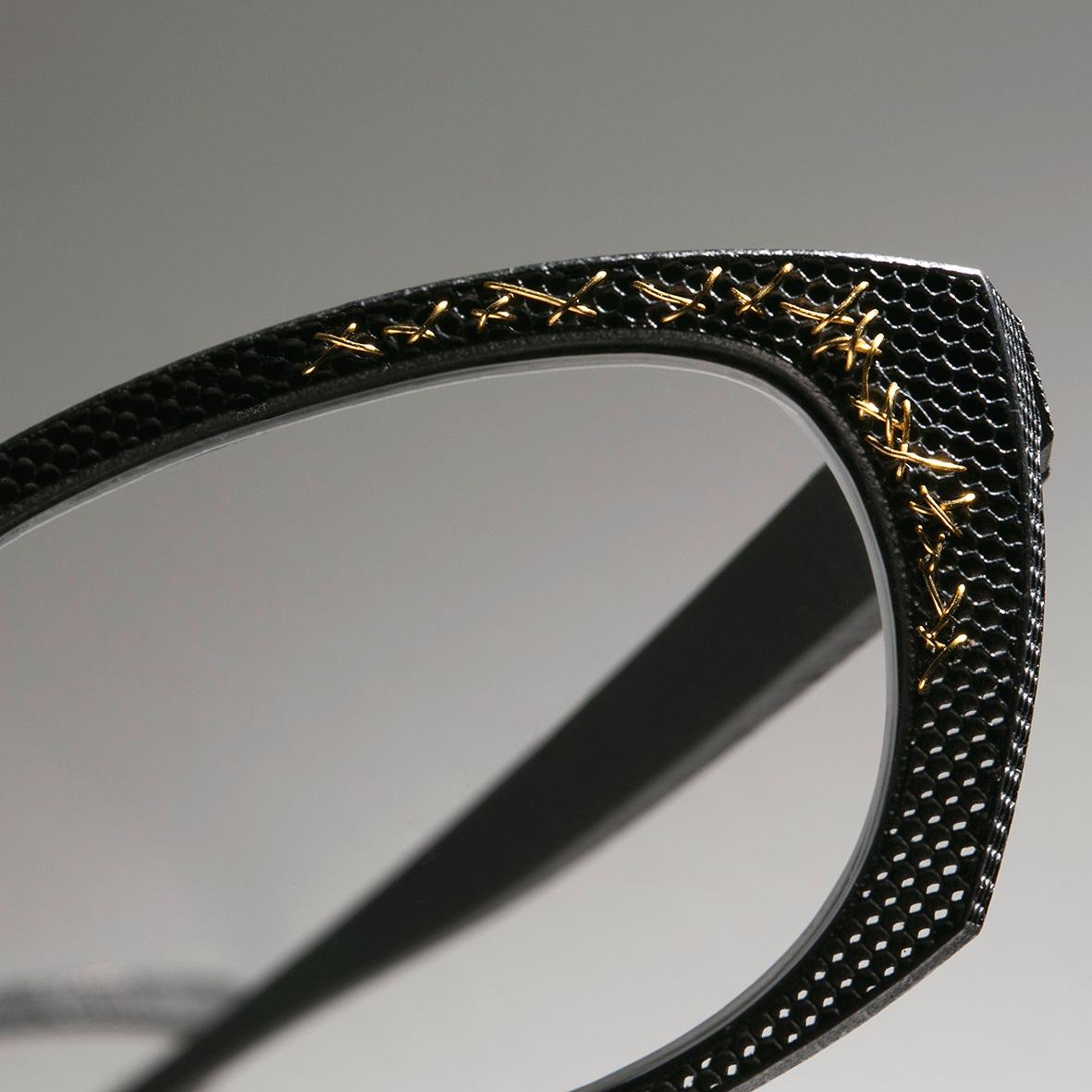F1² with gold thread.jpg