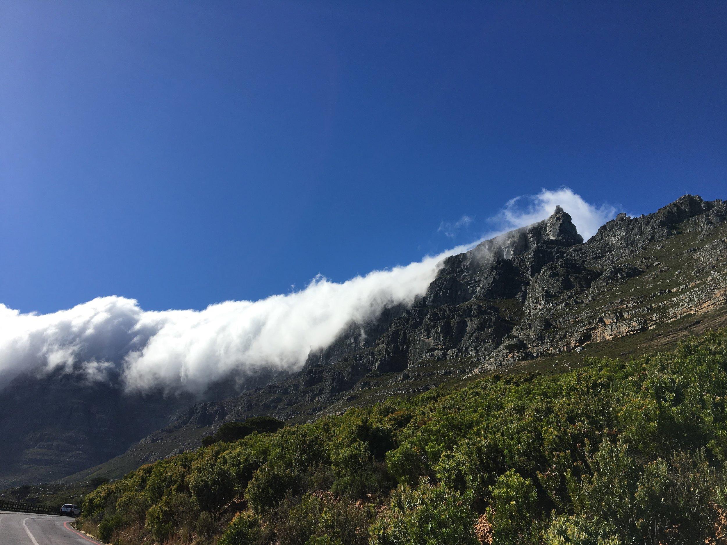 table cloth cloud on table mountain.JPG