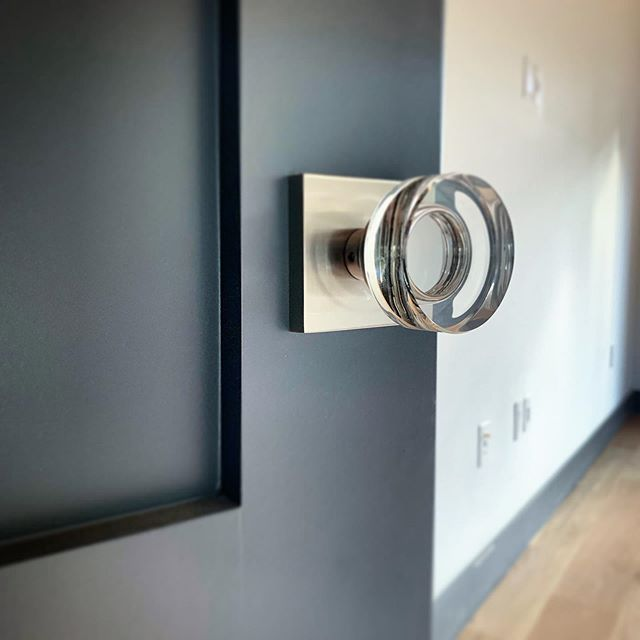 We've been opening doors since 2015. We design, build, and install so you fall in love with every threshold. 🚪 Builder cred: @levesqueandco 🏠  #swingdoorcompany #custom #crystalhardware #design #interiordesign #door