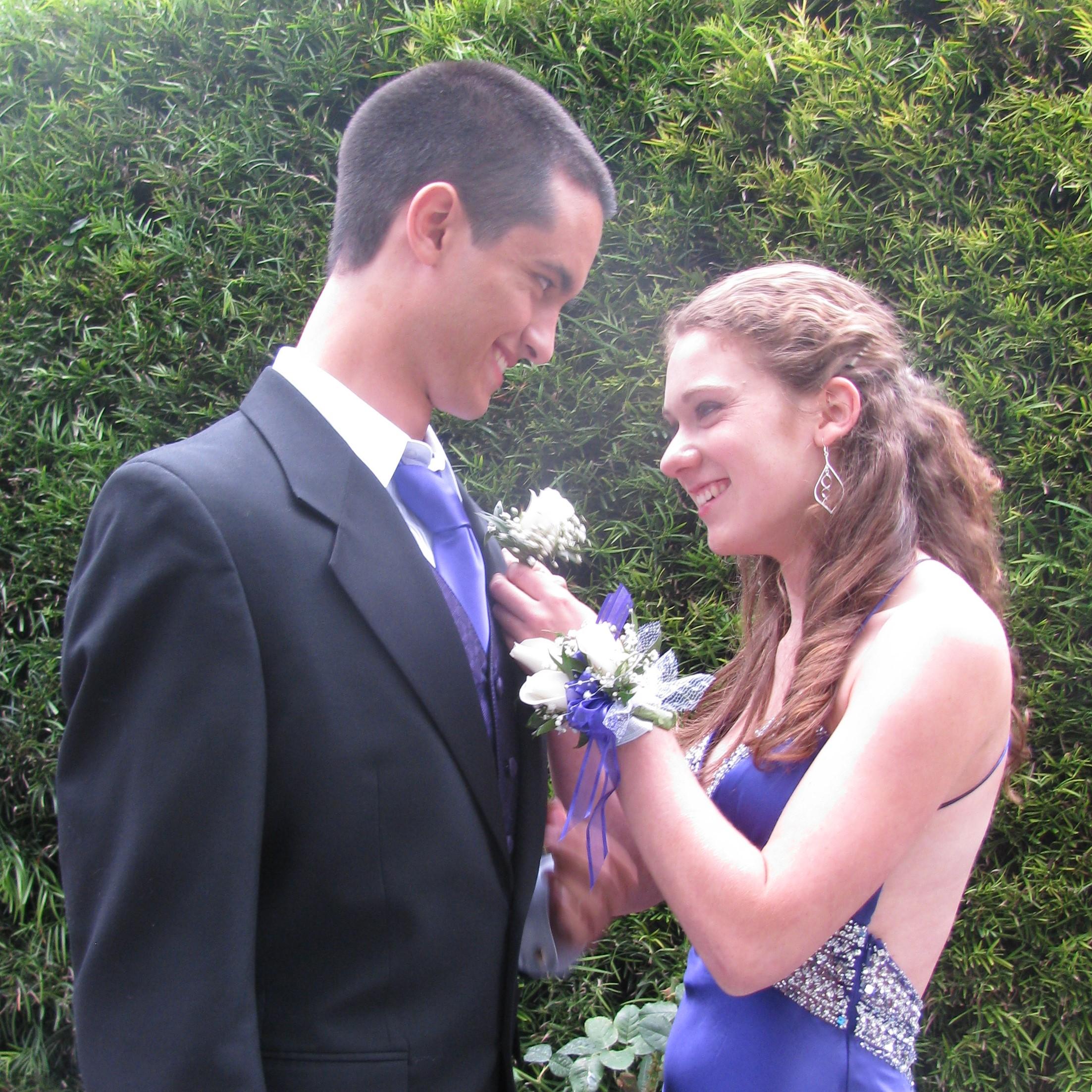 Prom, 2011