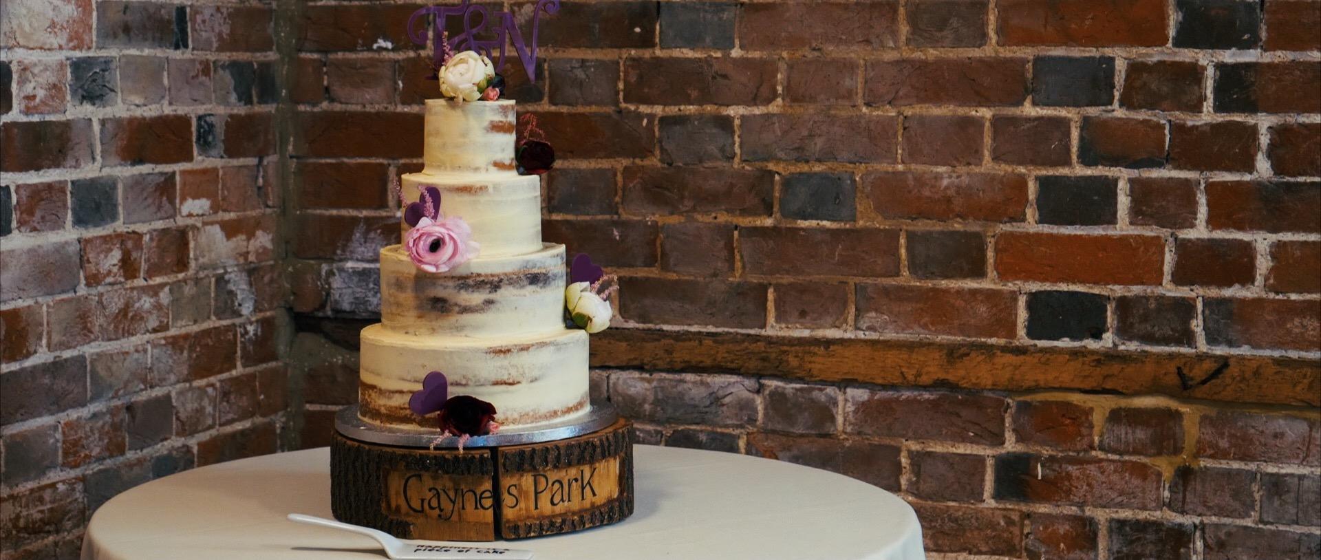 Gaynes Park natural wedding cake video.jpg