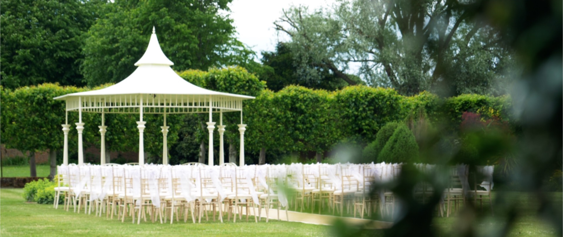 Quendon Hall Outside Ceremony Video.jpg