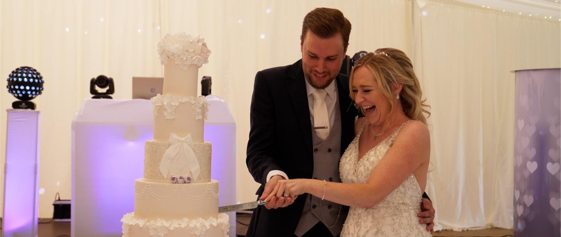 wedding cake video Essex weddings.jpg