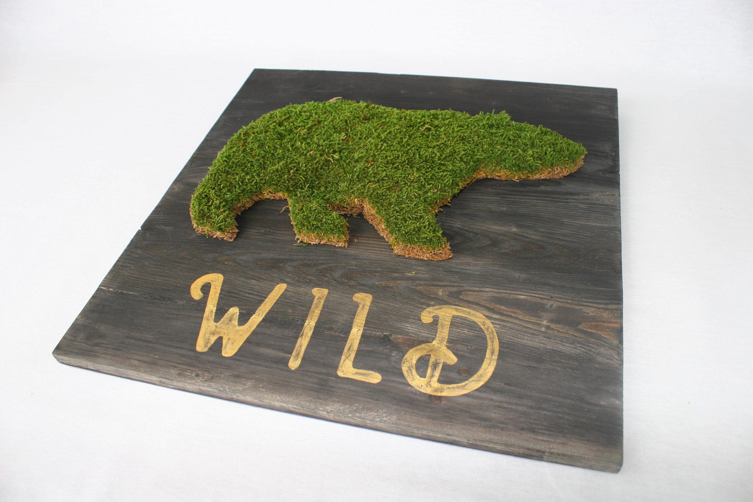 Planches - Les planches sont composées de bois de palettes recyclées et de formes en mousse stabilisée.Entièrement personnalisables !