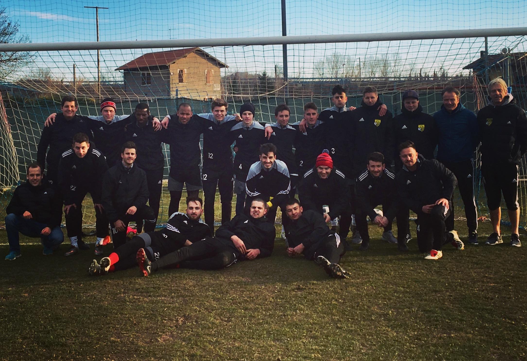 Altdorf 1 im Trainingslager in Cattolica
