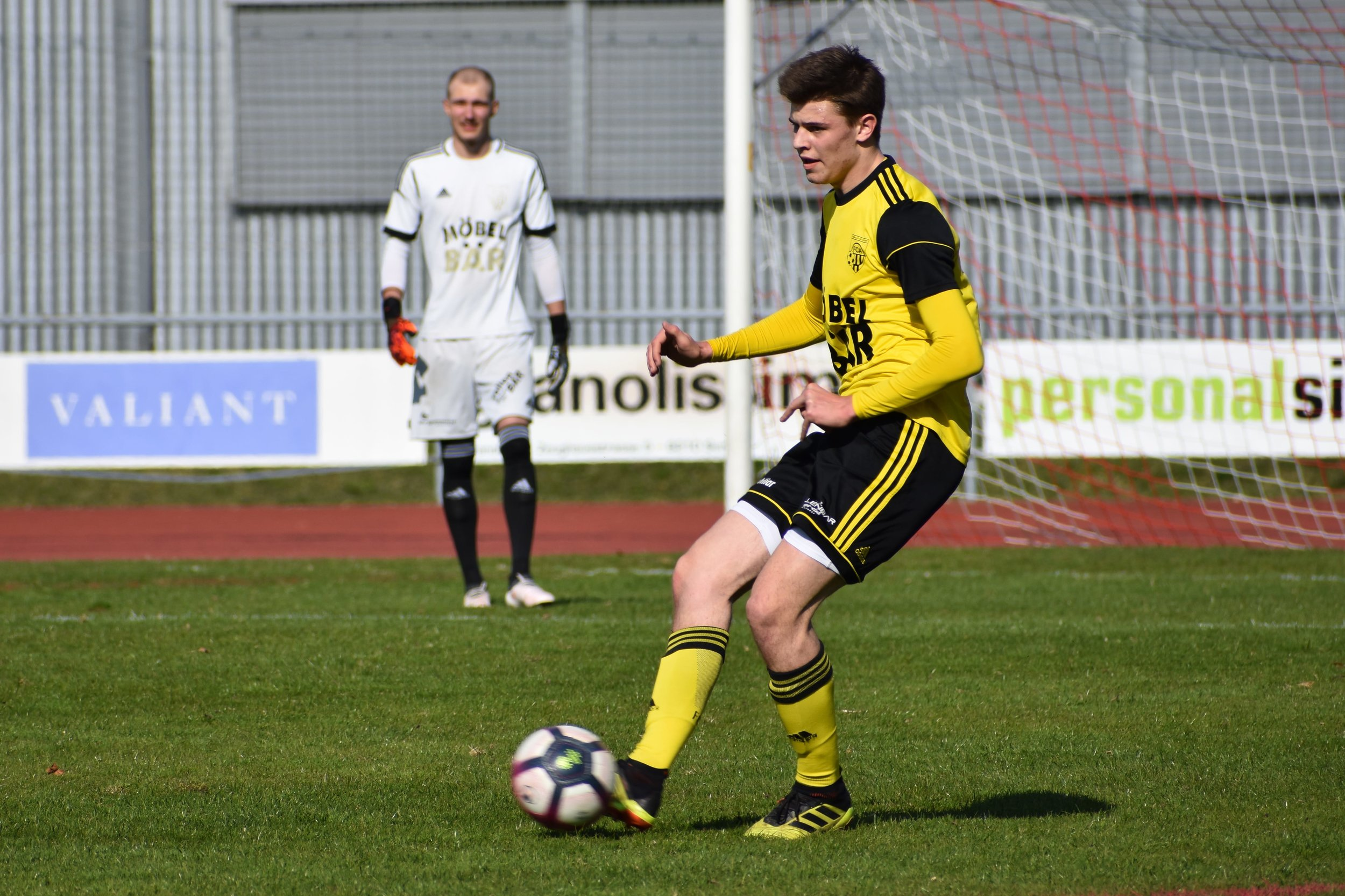 Youngster Nino Poletti ist in der bisherigen Rückrunde zum sicheren Wert in der Altdorfer Innenverteidigung gereift.  Foto: Ronny Arnold