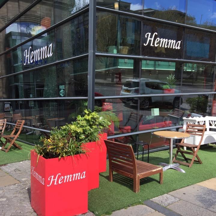 Hemma-outside.jpg