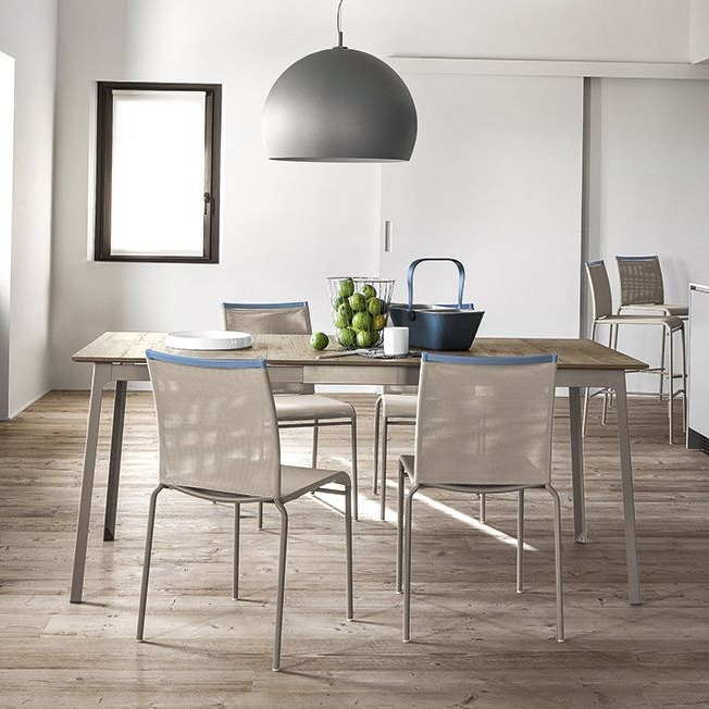 Calligaris Dot Dining Table - £789 - If there is a company that knows a thing or two about dining tables then it is Calligaris, the Italian company have been designing and manufacturing some of Europe's finest furniture for nearly 100 years. The Dot is know exception to this, but coming in at an affordable price starting at just £789, this contemporary and compact dining table is an absolute steal.
