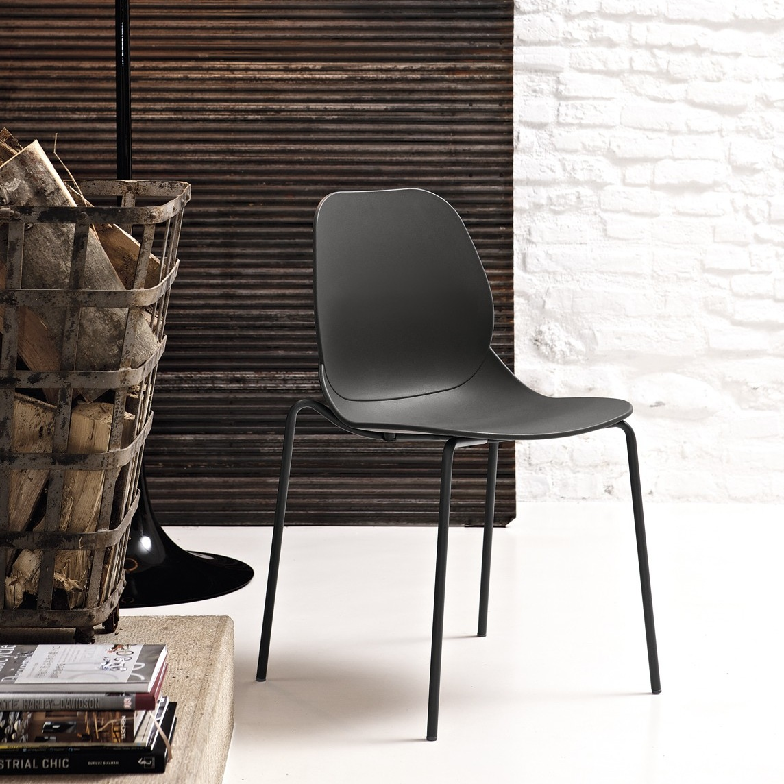 Bontempi Casa April Dining Chair - £139 - The closest anything comes to the Calligaris Bess, but still a slightly higher price tag. Again made from polypropylene, this dining chair is light weight and suitable for outdoor use. It's elegant but thoughtful design means it's stack-able, perfect for any busy family. Still at a reasonable price of £139 per chair, it still doesn't break the bank for Europe's greatest furniture brands.