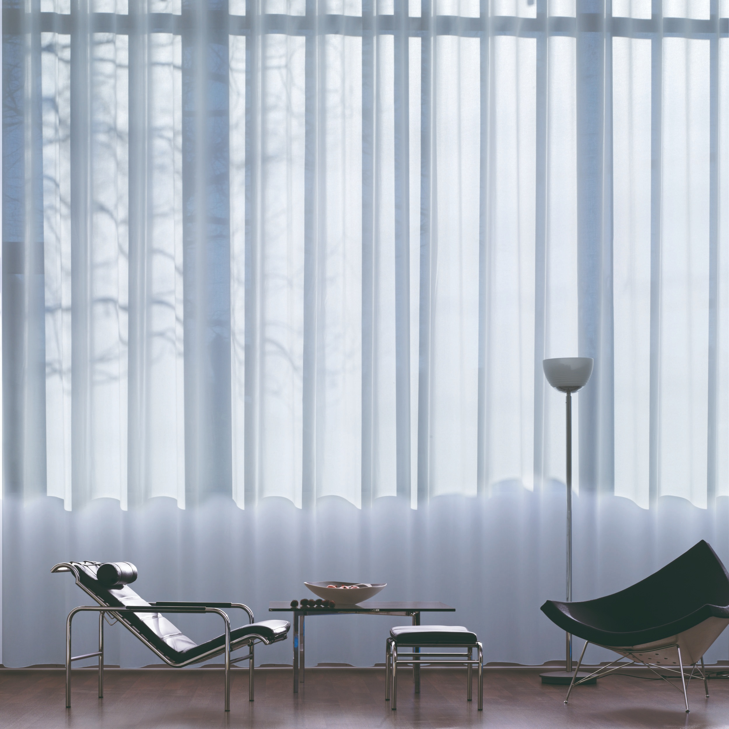 Window Dressings - Use bright white and neutral coloured window dressings in order to maximise the natural light coming in through your window. Darker dressings can stop light coming through and also create heavy shadows around the window.