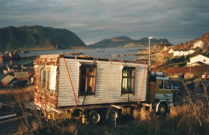 Flytting av hus i Sævikane