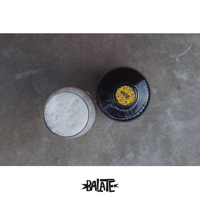 Cuando la sencillez esconde una gran historia... Todas nuestras recetas están pensadas para acompañarte en tus mejores manjares 🍻🍲 . . ¿Sabías que Balate esta en algunos de los mejores restaurantes de España? . . #balate#balatecervezaartesana#balatebeer#nil#authentic#maridaje#origen#igersbcn#maresme#igersmaresme#sommelier#beergram#instabeer#auténtica#craftbeer#sea#cabrerademar#bcngourmet#cervesa#cervesaartesana#cervezaartesanal#foodbcn#bcngourmet#ig_gastronomic#gastronomy#maresme#playa#authentic#foodies#sea #maresmegourmet #productedeproximitat