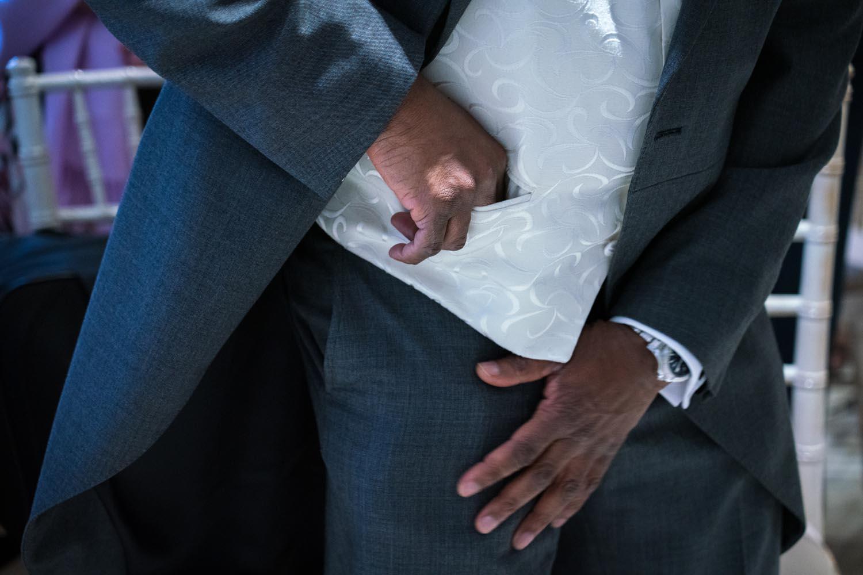 wedding-photos-ceremony-ye-olde-plough-house-essex-570.jpg