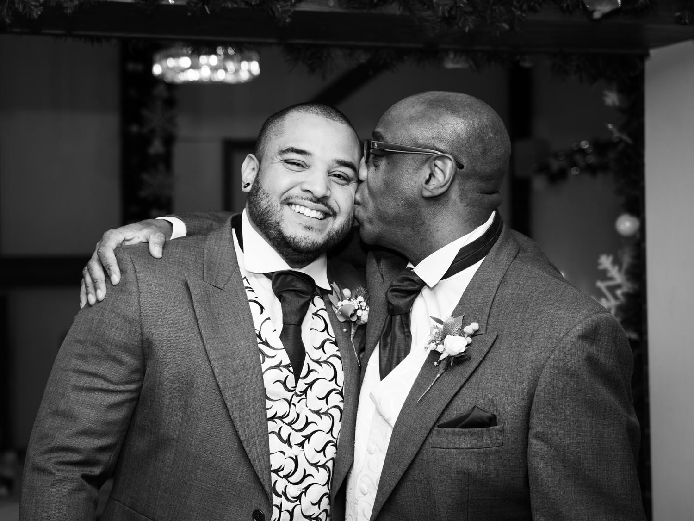 wedding-photos-groom-preparations-ye-olde-plough-house-essex-056.jpg