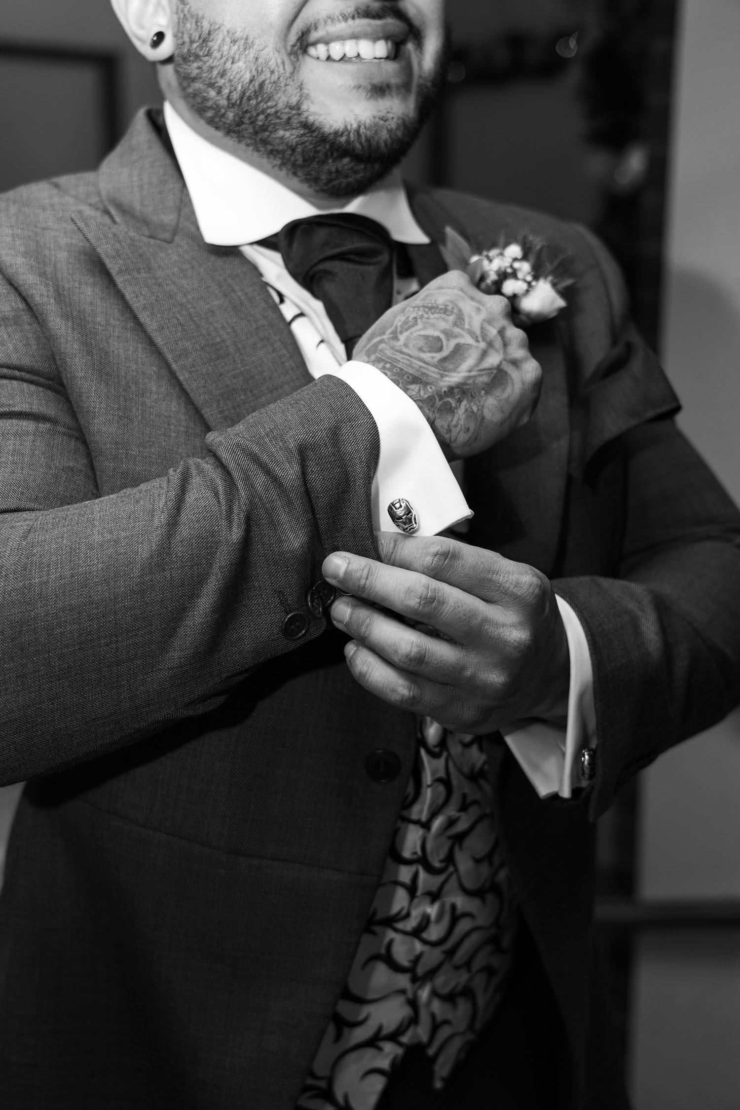 wedding-photos-groom-preparations-ye-olde-plough-house-essex-084.jpg