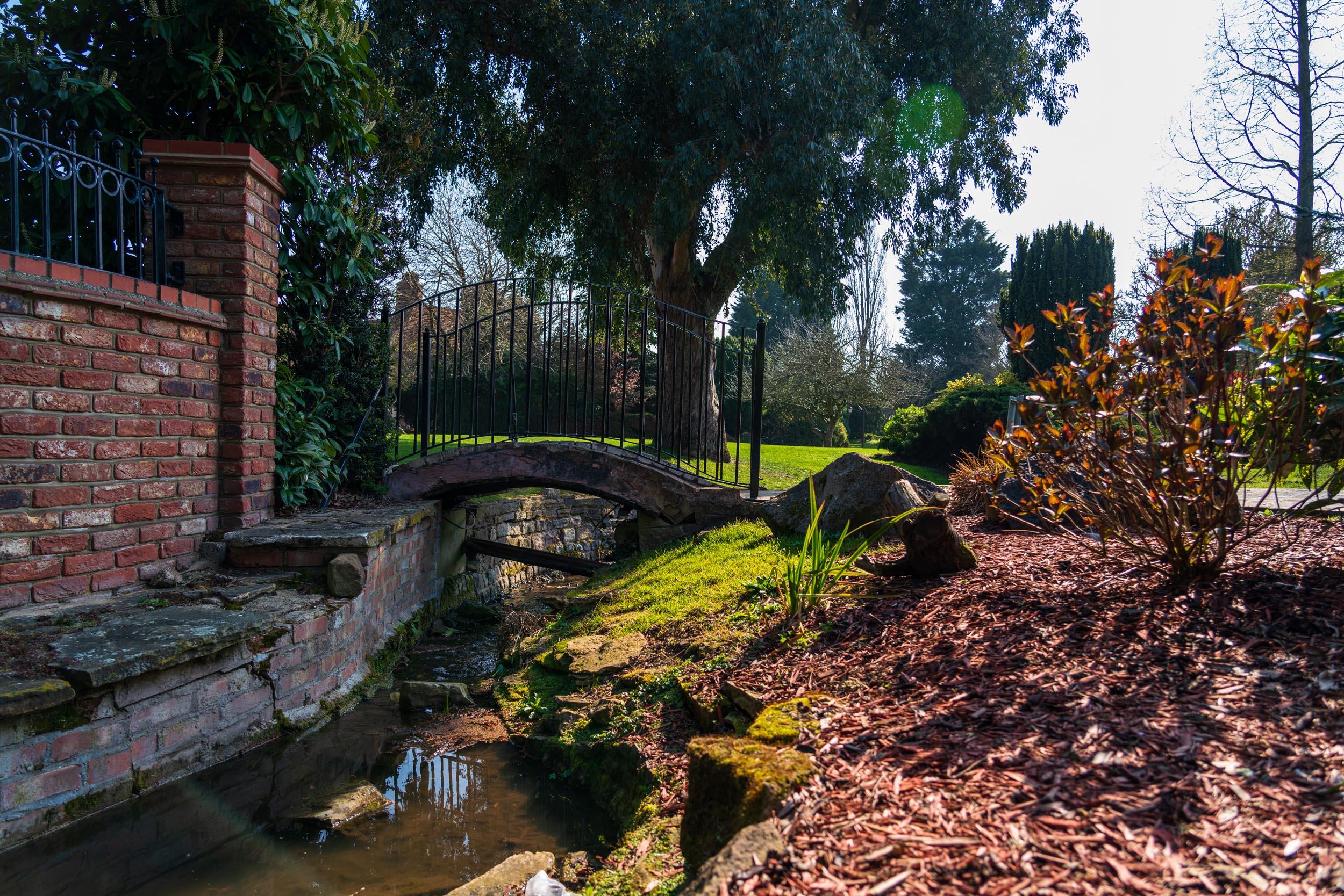 Ye Olde Plough House Gardens