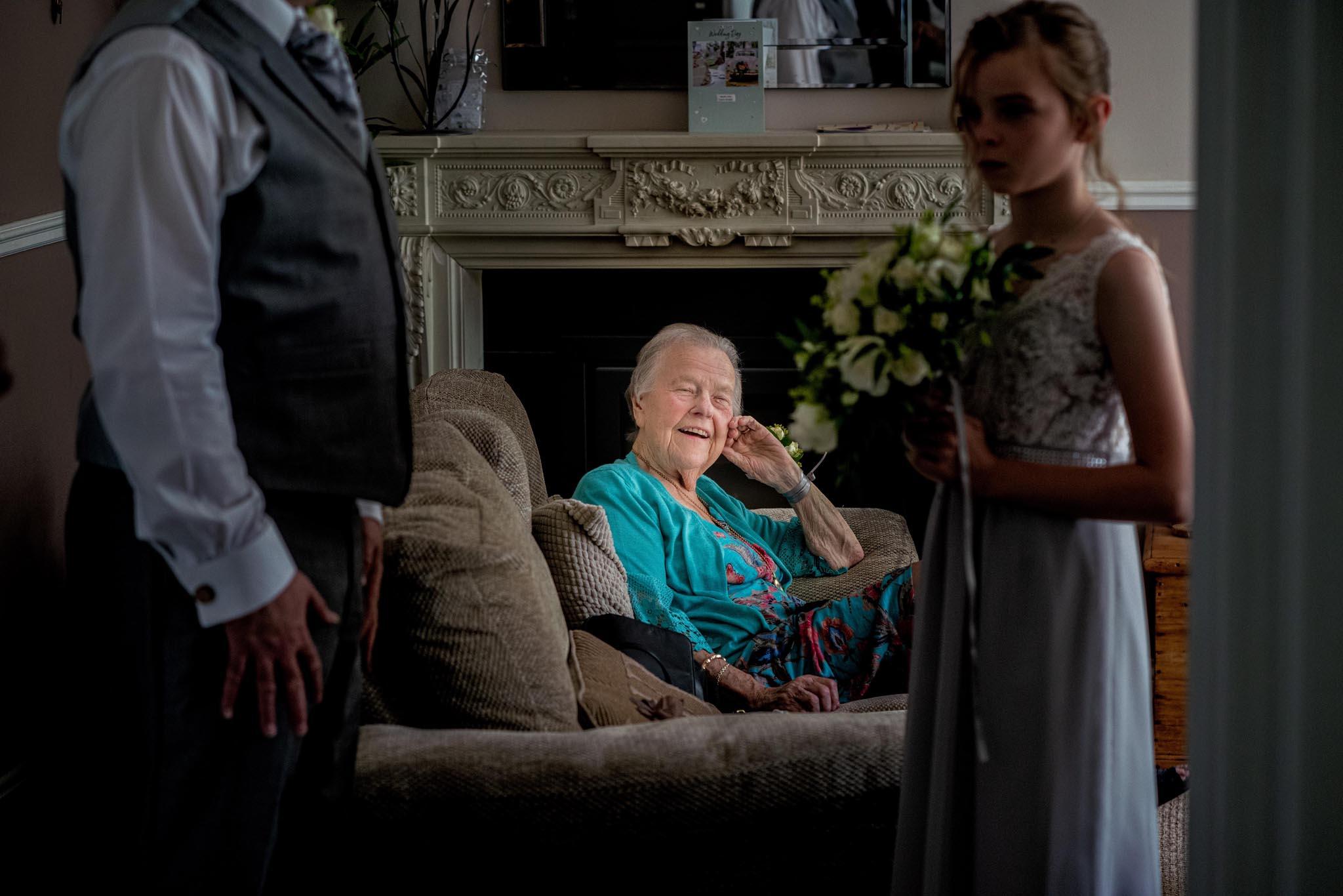 136-Preparations-Luke-Yasmin-The-Rayleigh-Club-Wedding-Photography.jpg